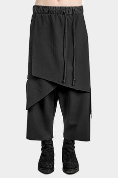 Layered Asymmetric Skirt Pants - Men's style Style Japonais, Asymmetrical Skirt, Drop Crotch, Skirt Pants, Man Skirt, Wool Fabric, Mode Inspiration, Fashion Pants, Fashion Hoodies