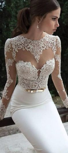 Vestidos para novias con corte sirena y mangas largas con un bordado increíble. Gorgeous mermaid dress with long sleeves. The detail is incredible.