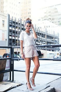 Shorts_Metallic-Silver_Sandals-Outfit-Street_Style-24 by collagevintageblog, via Flickr