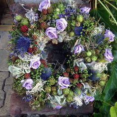 romantischer Blütenkranz von kunstbedarf24 auf DaWanda.com