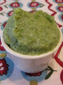 Broccoli, Potato and Cheese Puree | Weelicious- Baby girl loved this!