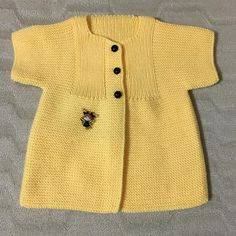 # Knitting # love to knit # order taken # electroplating # babies # boys # and girls # vest # jacket 💛💛💛💛💛💐 Love Knitting, Baby Knitting Patterns, Hand Knitting, Handgemachtes Baby, Baby Kind, Handmade Baby Clothes, Baby Sweaters, Baby Outfits, Mantel