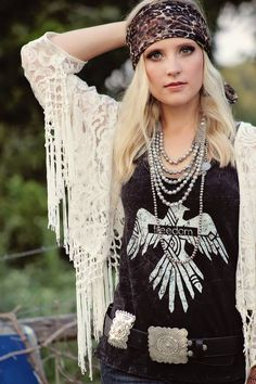 Like the boho vibe Country Girl Style, Country Fashion, Country Girls, Boho Fashion, Girl Fashion, Steampunk Fashion, Gothic Fashion, Gypsy Style, Boho Gypsy