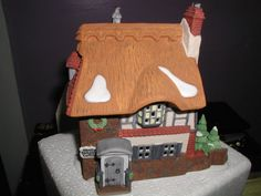 Dept 56 Dickens Village Victorian England by buttertownantiques, $39.99