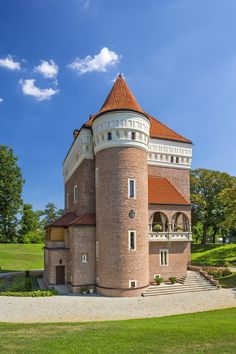 European Countries, Countries Of The World, Monuments, Visit Poland, Castle House, Paradise On Earth, Largest Countries, Central Europe, Cabin Homes