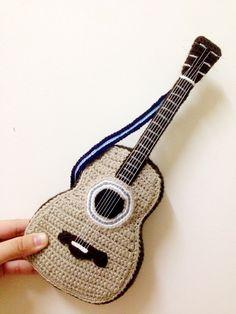 Amigurumi guitar. (Inspiration).
