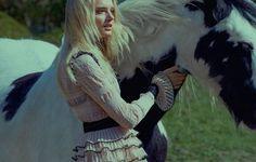 www.pegasebuzz.com | Lily Donaldson by Kai Z Feng for ELLE UK, august 2015.