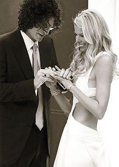 LOVED her dress by Marchesa.  Howard Stern weds Beth Ostrosky 10/3/08