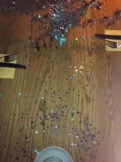 table confetti, blue theme