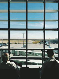 Как сдать багаж, зарегистрироваться на рейс и пройти контроль – четкие ответы на популярные вопросы.