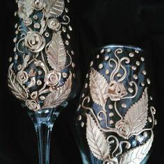 #mulpix Detalhe das taças que estou finalizando a decoração. ....  #taças  #decoração  #casamentos  #ideias  #dicasmaravilhosas  #luxo  #bomgosto  #noivas  #inspiração  #rosasensolidesign  #rosasensolidesign  #rosasensolidesign