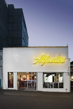 The best cafe, bar and restaurant interiors of the year gallery - Vogue Living Alfredo's Pizzeria (QLD) by Derlot.