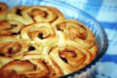 Rollitos de Azahar y Naranja (spanish cinnamon rolls)