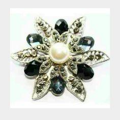 Glamorous Pin/Medallion - Brand New!