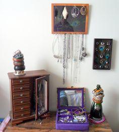 My jewelry area using DIY tips