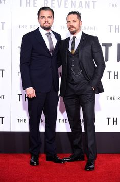 Photo of Leonardo DiCaprio and Tom Hardy Almost Shut Down The Revenant Red Carpet With Their Handsomeness Tom Hardy Fotos, New Beard Style, Black Film Festival, Leonardo Dicaprio Photos, Wife And Kids, The Revenant, Christopher Nolan, Hollywood Actor, Well Dressed Men