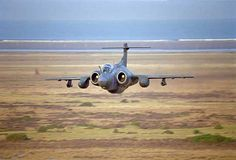 A Buccaneer makes a low pass Military Jets, Military Aircraft, Air Fighter, Fighter Jets, Blackburn Buccaneer, War Jet, South African Air Force, Best Flights, Aircraft Photos