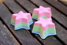 These rainbow colored chalk pieces are so gorgeous, it's almost a shame to use them. They would make great gifts, too, packaged in a decorative box.