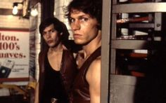 The Warriors, production photo. Ajax (James Remar) and Swan (Michael Beck). Netflix Uk, Good Movies On Netflix, Normal Movie, James Remar, Michael Beck, Warrior Movie, Movie Sites, Tough Guy, Great Films