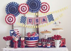 A Patriotic 4th of July by ThreeLittleMonkeysStudio.com #4thofjuly #patriotic #independenceday #ustoy