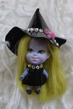 Liddle Emerald the Enchanting Witch by Noelle Hunt