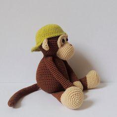 Best 12 Crochet pattern monkeys Michel and Robin Amigurumi by PoppaPoppen Mais – SkillOfKing. Crochet Animal Patterns, Stuffed Animal Patterns, Crochet Animals, Knitting Patterns, Crochet Monkey, Cute Crochet, Crochet Hooks, Catania, Half Double Crochet