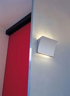 Pochette - Up/Down Wall light