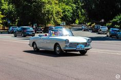 #Peugeot #404 #Cabriolet à la Traversée de #Paris en #Voitures #Anciennes #TdP2015 Article original : http://newsdanciennes.com/2015/08/03/grand-format-news-danciennes-a-la-traversee-de-paris-2/ #Cars #Vintage