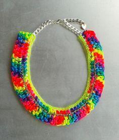 Collar de cadena y ganchillo //// Chain and crochet necklace