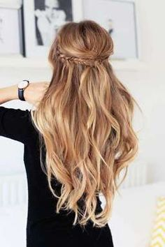 Half Ponytail 22 Unique Ideas For 2019 Hairstylecamp inside measurements 736 X 1103 Half Ponytail Hairstyles - There aren't any hairstyles or haircuts Half Updo Hairstyles, Elegant Hairstyles, Summer Hairstyles, Pretty Hairstyles, Wedding Hairstyles, 1920s Hairstyles, Bridesmaids Hairstyles, Holiday Hairstyles, Homecoming Hairstyles