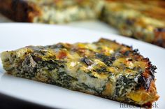 Špenátový quiche - FitRecepty Foods With Gluten, Cottage Cheese, Tofu, Recipies, Low Carb, Healthy Recipes, Cooking, Breakfast, Basket