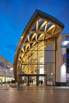 The Moor Market, Sheffield Leslie Jones Architecture Shortlist, Commercial and Public Access Main wood species: Western red cedar, Sandy maple panel system, European white wood spruce glulam