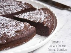 Donna Hay's Ultimate One-Bowl Chocolate Dessert Cake - Kuchen/Torten - Kid Desserts, Quick Easy Desserts, Baking Recipes, Cake Recipes, Dessert Recipes, Easter Recipes, Dessert Ideas, Biscuits, Thermomix Desserts