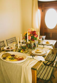 Transitional Table Decor: Take Your Table from Fall to Winter