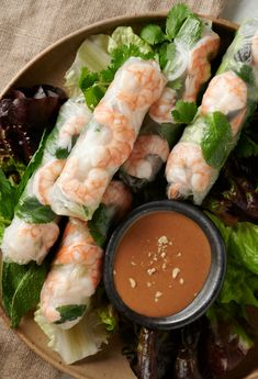 Vietnamese spring rolls with peanut sauce Fresh spring rolls are great but the peanut sauce is the star of this recipe! - vietnamese spring rolls with peanut sauce - glebe kitchen Sauce Recipes, Seafood Recipes, Appetizer Recipes, Cooking Recipes, Appetizers, Kitchen Recipes, Vietnamese Spring Rolls, Vietnamese Food, Thai Spring Rolls