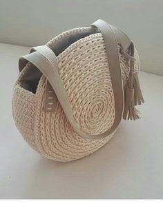 My Bags Purses And Bags Crochet Art Handmade Bags Handicraft Diy Canvas Shoulder Bag Tote Bag Handbags Crochet Handbags, Crochet Purses, Crochet Bags, Knit Crochet, Sacs Design, Diy Sac, Crochet Shell Stitch, Diy Bags Purses, Round Bag