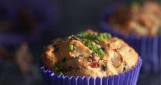 Meheviin suppilovahveromuffineihin voi käyttää sekä tuoreita että kuivattuja suppilovahveroita. Sienimuffinit maistuvat iltapalana tai keiton kaverina. Muffin, Breakfast, Morning Coffee, Muffins, Cupcakes