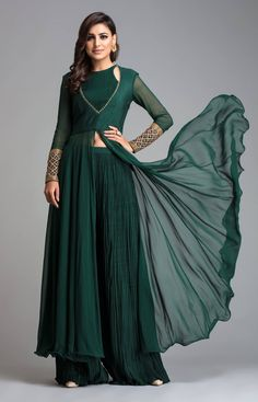 This Bottle Green Georgette Anarkali Suit accompanied by a matching Georgette Palazzo Pant in Bottle Green Color with Bottle Green Georgette Dupatta. Dupatta embroidered with Stone Work. Costumes Anarkali, Anarkali Dress, Pakistani Dresses, Lehenga Choli, Indian Dresses, Indian Outfits, Indian Anarkali, Anarkali Suits, Bridal Lehenga