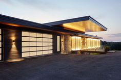 Modern country house in Canada!!