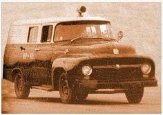 R.P. Rádio patrulha carro da polícia nos anos 50
