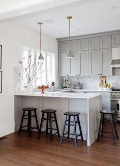 """"""""""" Mount Pleasant Family Home – Remodelista """""""" View this Best Kitchen Space – Professionals entry in the 2017 Remodelista Considered Design Awards """""""" Modern Kitchen Design, Interior Design Kitchen, Kitchen Designs, Interior Livingroom, Interior Ideas, Modern Interior, Home Decor Kitchen, New Kitchen, Kitchen Ideas"""