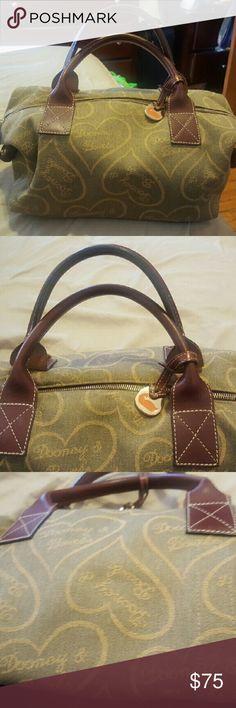 Spotted while shopping on Poshmark: HANDBAG! #poshmark #fashion #shopping #style #Dooney & Bourke #Handbags