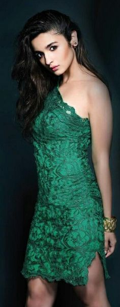 Alia Bhatt You Looking Hot In Green Colour Dress<3