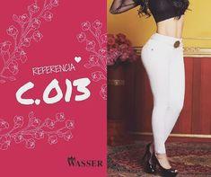 Una #MujerFuerte es una mujer empeñada en hacer algo, que los demás están empeñados en que no se haga. 💋👖🌺 #WasserJeans hermosa todos los días   www.WASSERJEANS.com.co ENVÍOS DENTRO Y FUERA DE #COLOMBIA   #fashion #negocios #emprendimiento #Colombia #exportación #Jeans