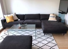 4 seters sofa med sjeselong og puff fra Bolia | FINN.no Couch, Furniture, Home Decor, Chaise Longue, Decoration Home, Room Decor, Sofas, Home Furniture, Sofa