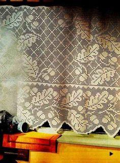 From small acorns crochet Bird Curtains, Crochet Curtains, Lace Curtains, Crochet Tablecloth, Crochet Doilies, Crochet Lace, Oblong Tablecloth, Filet Crochet Charts, Fillet Crochet