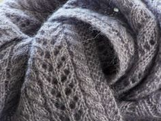 Luxurious Scarf  www.delormedesigns.blogspot.ca  or find the pattern of Ravelry
