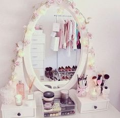 Miss Mili: # Make-up Aufbewahrung, Makeup Table Vanity, Vanity Decor, Diy Vanity, Make Up Storage, Diy Storage, Rangement Makeup, Teen Girl Rooms, Glam Room, Makeup Rooms