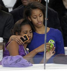 The First daughters, Sasha & Malia #adorable