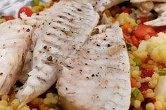 Συνταγή για φιλέτο τσιπούρας στο ταψί με κουσκούς Shrimp, Chicken, Meat, Recipes, Food, Recipies, Essen, Meals, Ripped Recipes